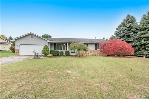 Photo of 3467 WOODVALLEY DR, Lapeer, MI 48446- (MLS # 40115248)