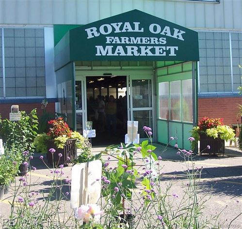 Tiny photo for 907 WOODSBORO DR, Royal Oak, MI 48067-1271 (MLS # 40170253)