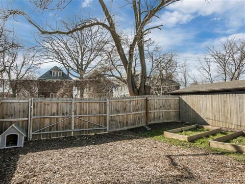 Tiny photo for 1779 SEYBURN ST, Detroit, MI 48214-2451 (MLS # 40039256)