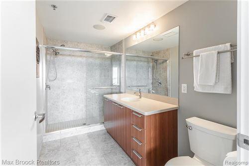 Tiny photo for 432 S WASHINGTON UNIT 1007 AVE, Royal Oak, MI 48067-3854 (MLS # 40201257)