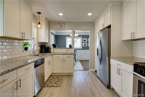 Tiny photo for 31195 W RUTLAND ST, Beverly Hills, MI 48025-5429 (MLS # 40162259)