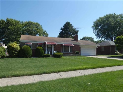 Photo of 21911 Edgewood, Saint Clair Shores, MI 48080 (MLS # 50016261)
