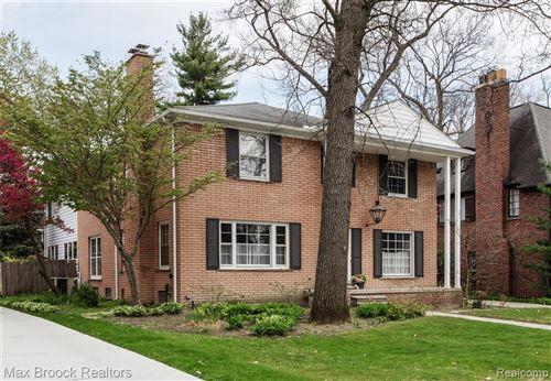 Tiny photo for 42 CAMBRIDGE BLVD, Pleasant Ridge, MI 48069-1103 (MLS # 40167268)