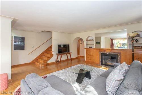 Tiny photo for 25610 YORK RD, Royal Oak, MI 48067-3056 (MLS # 40114274)