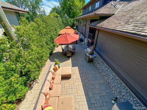 Tiny photo for 6135 WING LAKE RD, Bloomfield Hills, MI 48301-1532 (MLS # 40145275)