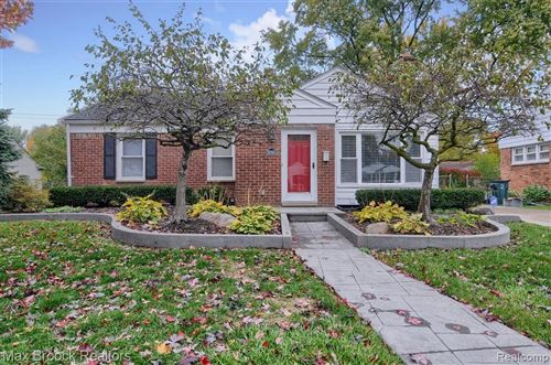 Photo of 16980 BIRWOOD AVE, Beverly Hills, MI 48025-3238 (MLS # 40117276)