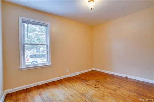 Tiny photo for 4344 HAMPTON BLVD, Royal Oak, MI 48073-1615 (MLS # 40147281)