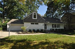 Photo of 972 CHESTERFIELD AVE, Birmingham, MI 48009-1223 (MLS # 21528283)