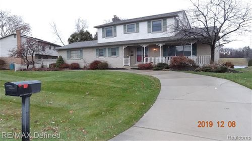 Photo of 52425 BELLE ARBOR, Shelby Township, MI 48316-2908 (MLS # 40007284)
