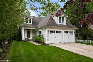 Photo of 207 Lakeview, Grosse Pointe Farms, MI 48236 (MLS # 31383285)
