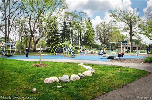Tiny photo for 40 MAPLEFIELD RD, Pleasant Ridge, MI 48069-1018 (MLS # 40136289)
