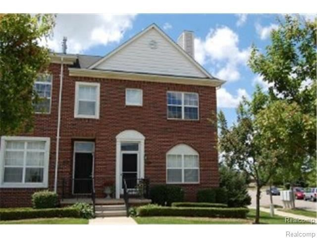 Photo of 43203 STRAND DR, Sterling Heights, MI 48313-2753 (MLS # 40017291)