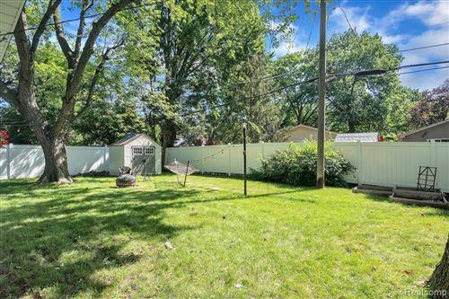 Tiny photo for 660 KENSINGTON AVE, Ferndale, MI 48220-2350 (MLS # 40197296)