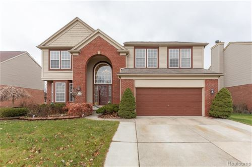 Photo of 34729 FONTANA DR, Sterling Heights, MI 48312-5731 (MLS # 40006297)