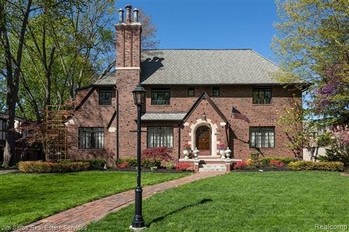 Photo of 1169 THREE MILE DR, Grosse Pointe Park, MI 48230-1414 (MLS # 40058297)