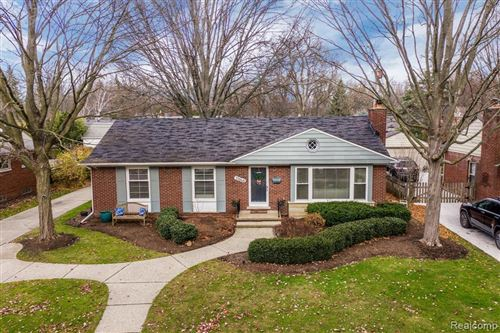 Tiny photo for 15948 DUNBLAINE AVE, Beverly Hills, MI 48025-4241 (MLS # 40124299)