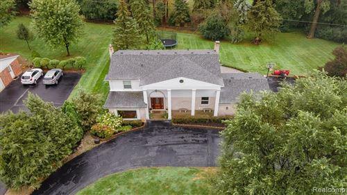 Tiny photo for 3835 QUARTON RD, Bloomfield Township, MI 48302-4059 (MLS # 40242303)