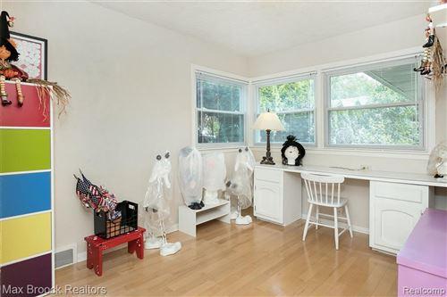 Tiny photo for 15825 BUCKINGHAM AVE, Beverly Hills, MI 48025-3307 (MLS # 40201304)