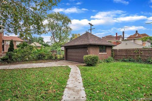 Tiny photo for 703 EDISON ST, Detroit, MI 48202-1561 (MLS # 40244304)
