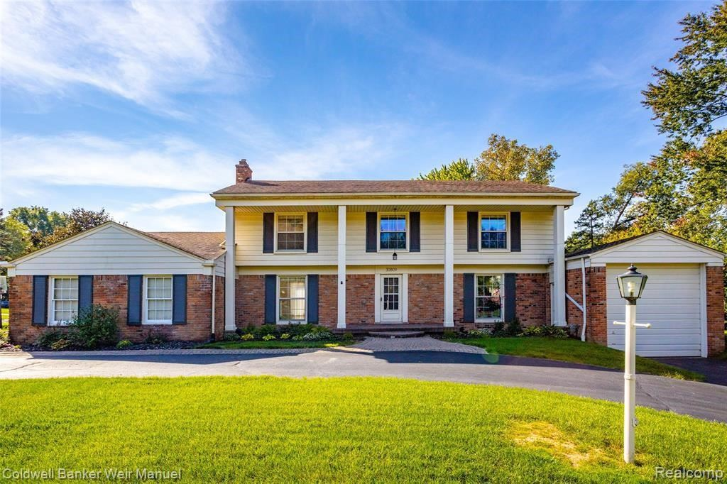 Photo for 30809 W LINCOLNSHIRE, Beverly Hills, MI 48025 (MLS # 40240304)