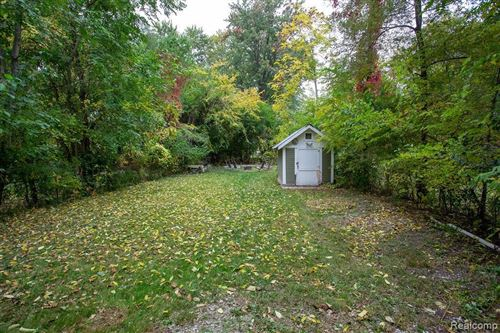 Tiny photo for 823 SAINT LOUIS ST, Ferndale, MI 48220-3247 (MLS # 40113306)