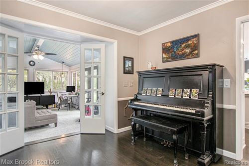 Tiny photo for 31921 ROBINHOOD DR, Beverly Hills, MI 48025-3540 (MLS # 40242309)