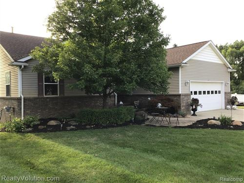 Photo of 115 PENNELL RD, Imlay City, MI 48444-9312 (MLS # 40091318)