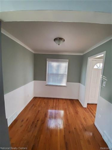 Tiny photo for 1416 W WINDEMERE AVE, Royal Oak, MI 48073-5219 (MLS # 40136322)