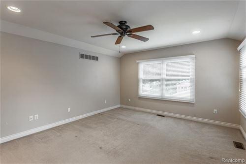 Tiny photo for 420 AMELIA AVE, Royal Oak, MI 48073-2660 (MLS # 40102326)