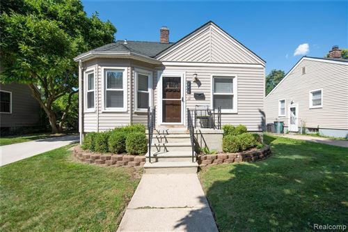 Tiny photo for 323 COLLEGE ST, Ferndale, MI 48220-2850 (MLS # 40099330)