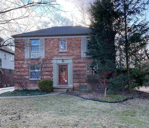 Photo of 825 Washington, Grosse Pointe, MI 48230 (MLS # 50007331)