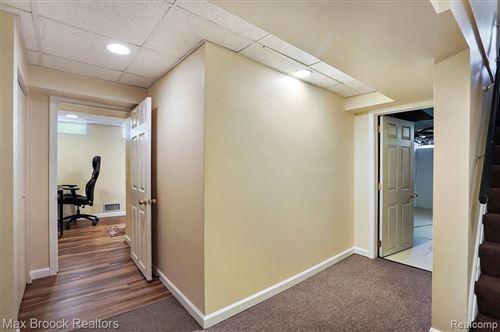 Tiny photo for 32261 AUBURN DR, Beverly Hills, MI 48025-4234 (MLS # 40134336)