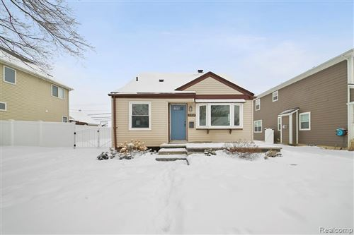 Tiny photo for 1202 W WINDEMERE AVE, Royal Oak, MI 48073-5217 (MLS # 40146339)