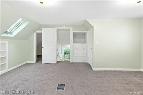 Tiny photo for 646 LAPRAIRIE ST, Ferndale, MI 48220-3214 (MLS # 40197341)