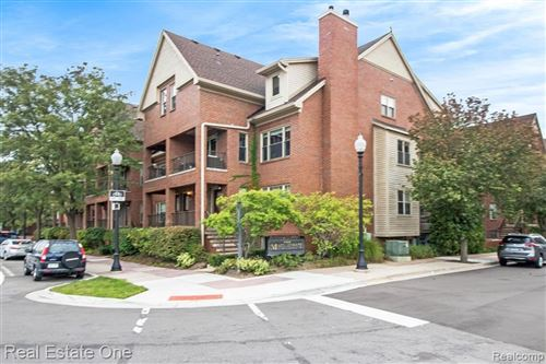 Photo of 1453 S WASHINGTON AVE, Royal Oak, MI 48067-3225 (MLS # 40236341)