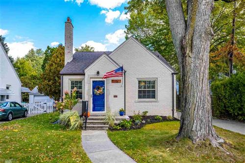 Photo of 20718 Charlevoix, Grosse Pointe Woods, MI 48236 (MLS # 50026341)