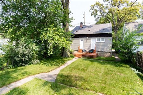 Tiny photo for 267 W BENNETT AVE, Ferndale, MI 48220-2425 (MLS # 40195342)
