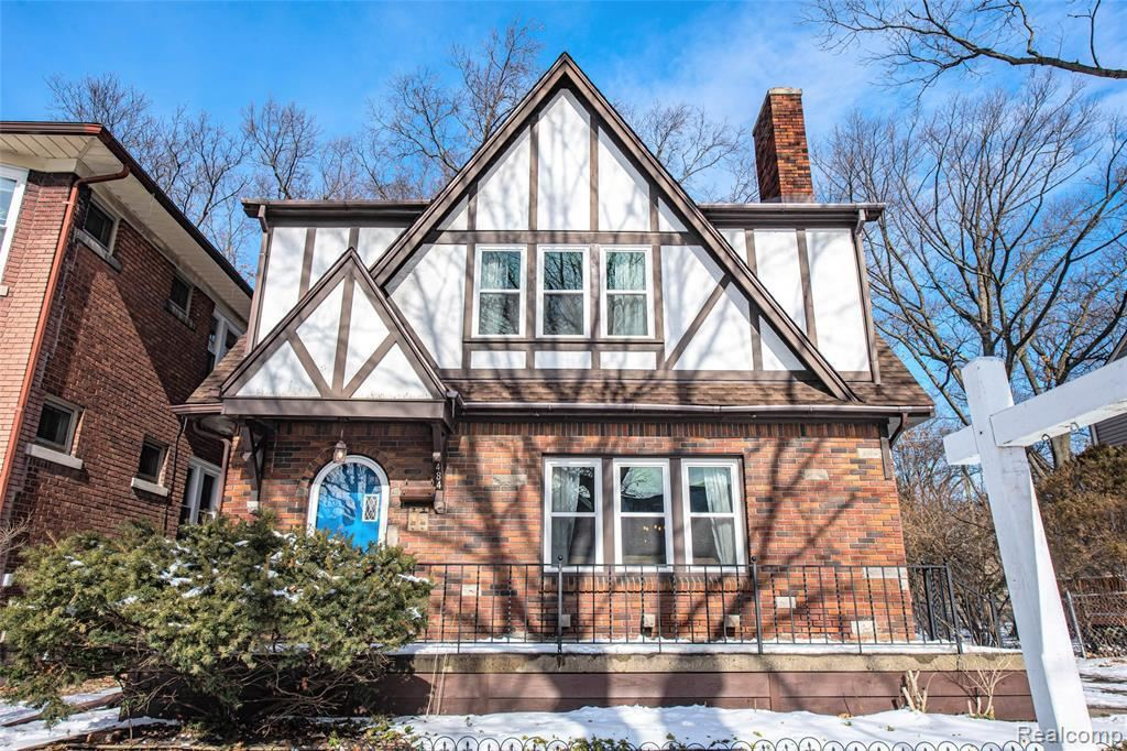 Photo for 484 WITHINGTON ST, Ferndale, MI 48220-1729 (MLS # 40143343)