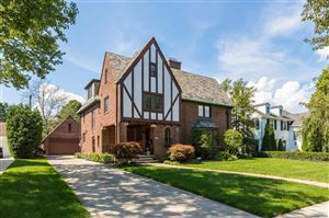 Photo of 1133 Bishop, Grosse Pointe Park, MI 48230 (MLS # 31368345)