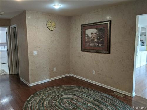Tiny photo for 4237 ANTIQUE LN, Bloomfield Township, MI 48302-1805 (MLS # 40042349)
