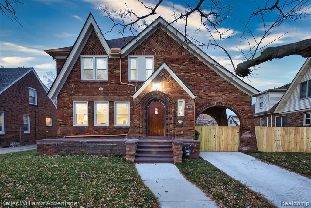 Photo for 3462 BERKSHIRE ST, Detroit, MI 48224-3529 (MLS # 40124353)