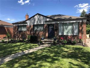 Photo of 30008 Rosebriar, Saint Clair Shores, MI 48082 (MLS # 31391361)