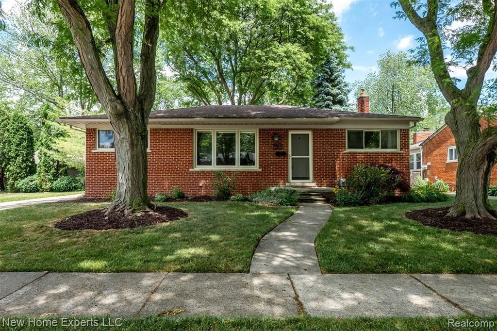 Photo for 17022 MARGUERITE ST, Beverly Hills, MI 48025-5410 (MLS # 40070365)