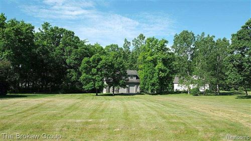 Photo of 682 GRAND LEGACY DR, Lapeer, MI 48446- (MLS # 40006366)