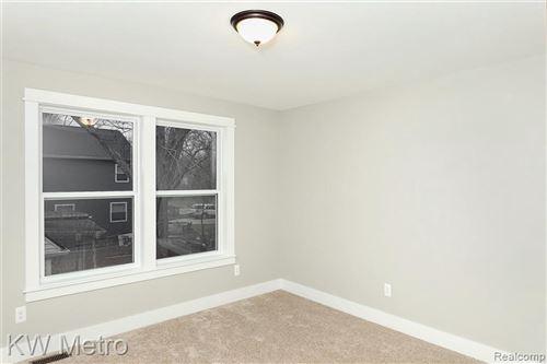 Tiny photo for 508 WALNUT AVE, Royal Oak, MI 48073-4070 (MLS # 40137375)