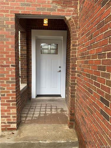 Tiny photo for 526 LAKEWOOD ST, Detroit, MI 48215-3235 (MLS # 40167376)