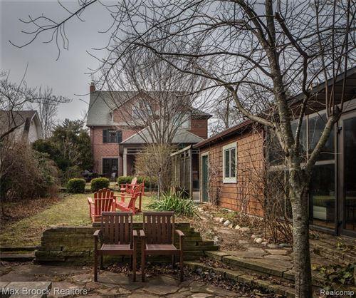Tiny photo for 41 RIDGE RD, Pleasant Ridge, MI 48069-1121 (MLS # 40056381)