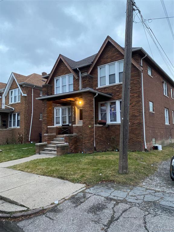 Photo for 5073 COPLIN ST, Detroit, MI 48213-6706 (MLS # 40135382)