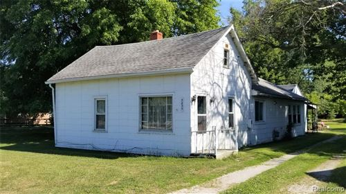 Photo of 453 Constitutio LAPEER RD, Port Huron, MI 48060-2555 (MLS # 40091383)