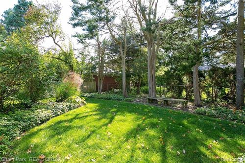 Tiny photo for 350 S GLENGARRY RD, Bloomfield Hills, MI 48301-3435 (MLS # 40124388)